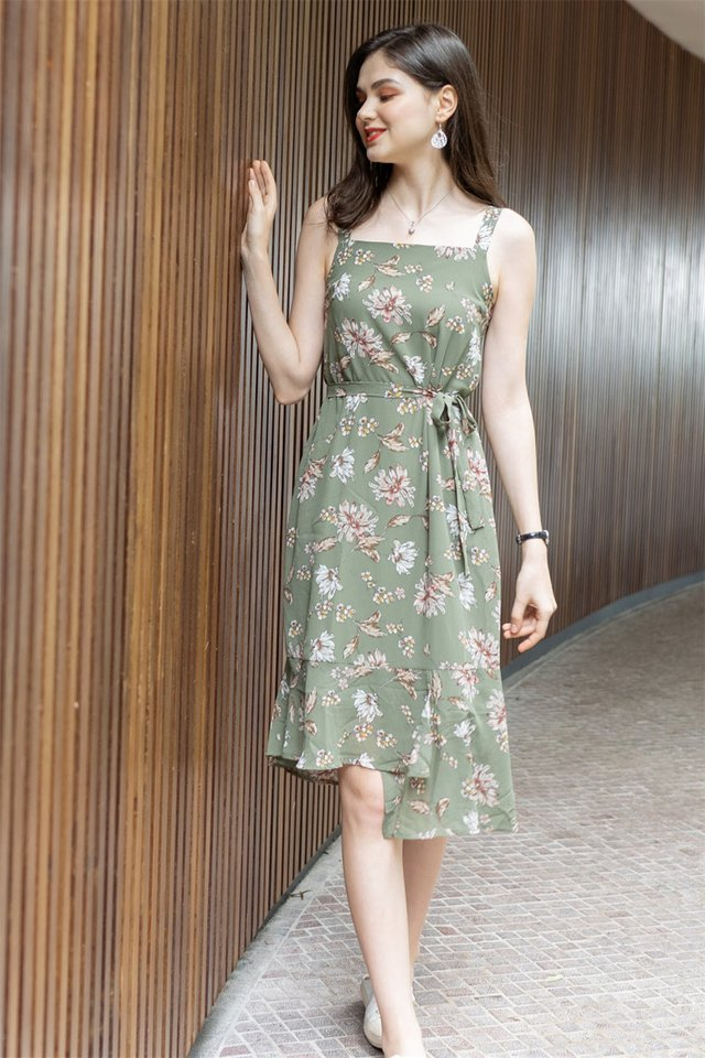ACW Magnolia Floral Tier Hem Midi Dress in Olive