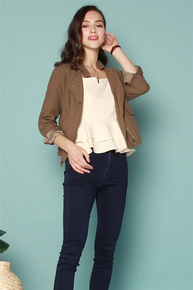 Relaxed Button Jacket in Olive