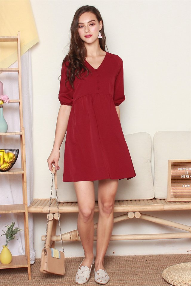 Button Panel Babydoll Sleeved Dress in Wine