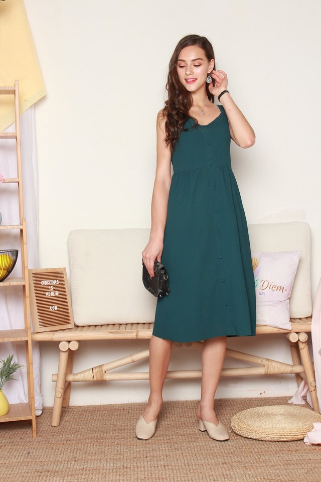 Button Down Thick Strap Midi Dress in Emerald
