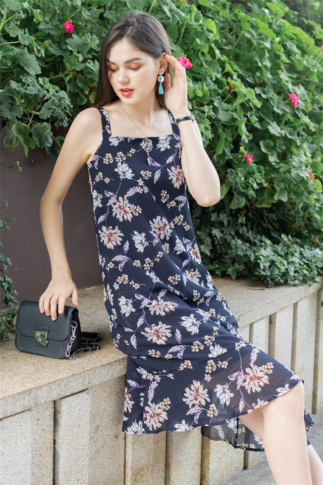 ACW Magnolia Floral Tier Hem Midi Dress in Navy