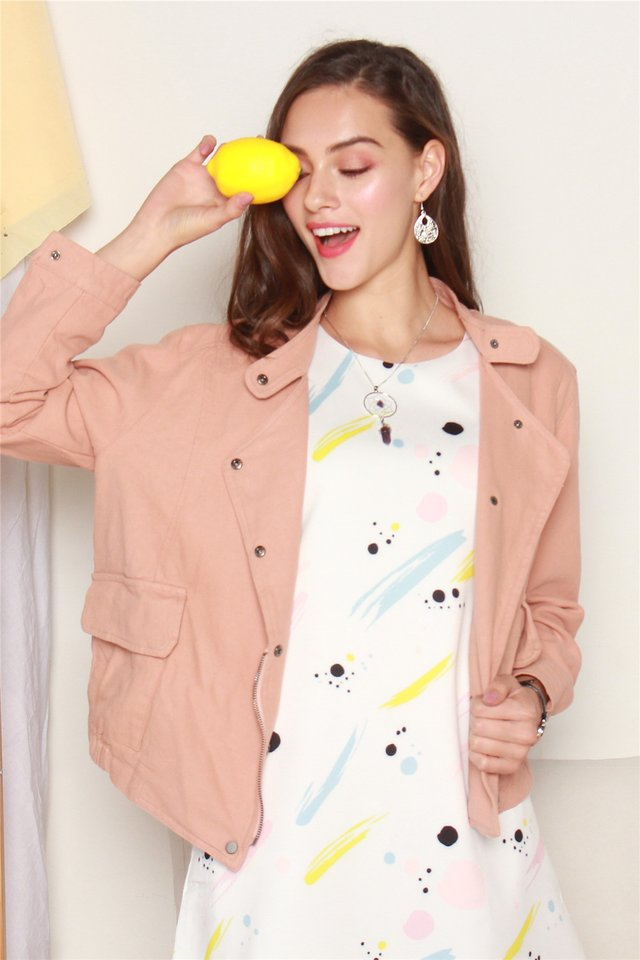 Relaxed Button Jacket in Pink