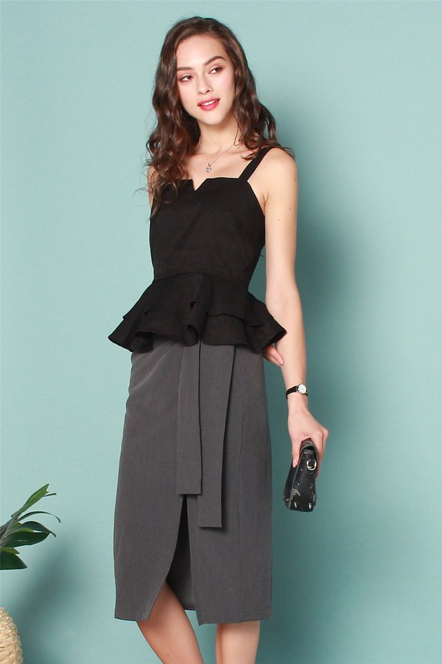ACW Peplum Tiered Top in Black