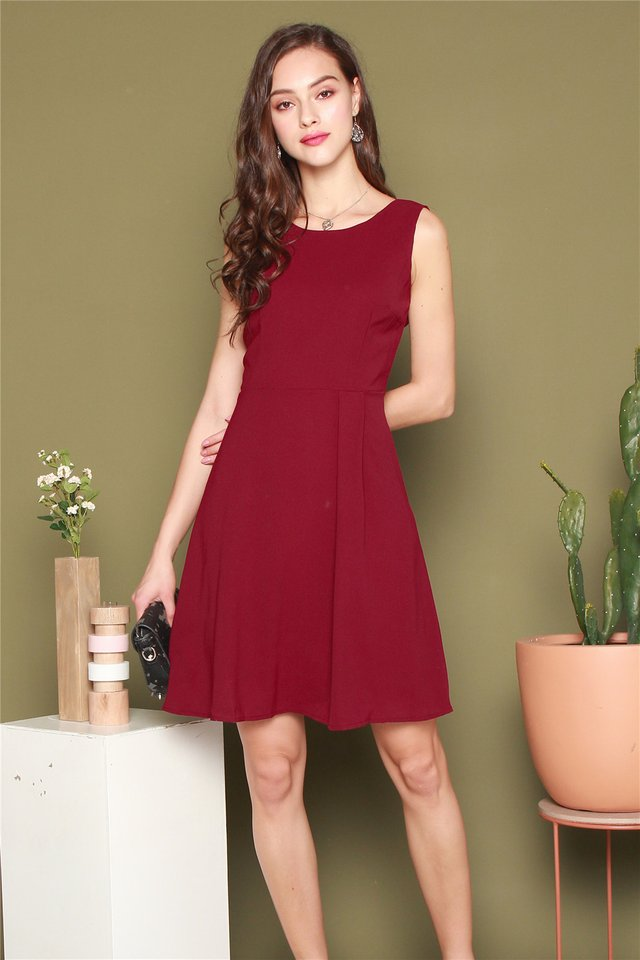 Boat Neck Swing Dress in Wine