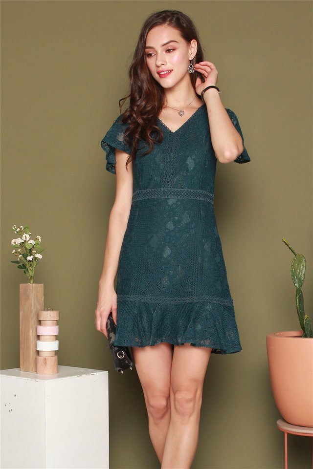 Drop Hem Lace Sleeved Dress in Emerald