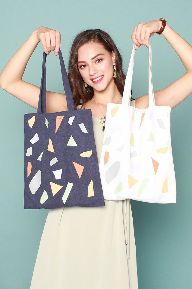 *Season of Giving* ACW Festive Totebag (White Coloured Shapes)