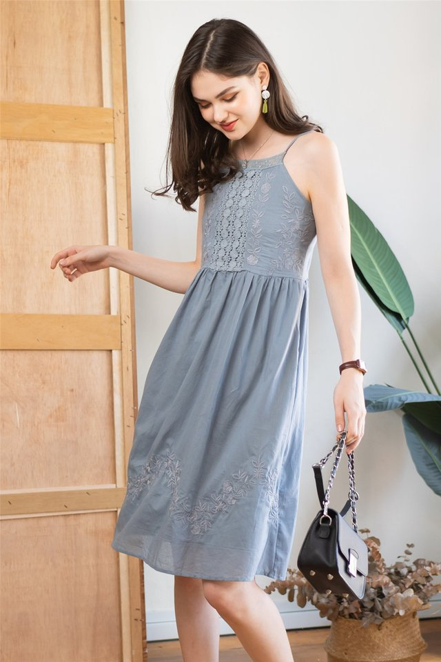 Intricate Lace Panels Midi Dress in Ash Blue