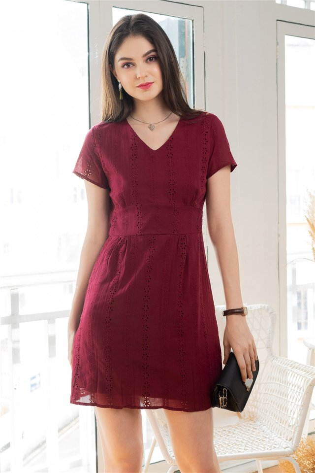 ACW Eyelet Panels Sleeve Sheath Dress in Wine