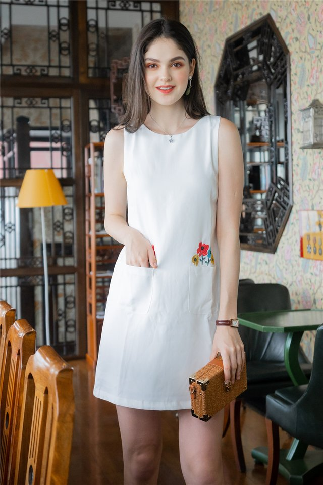 Blooming Embroidery Pocket Shift Dress in White