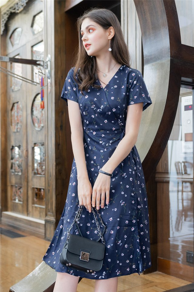 *BACK IN STOCK* Fleur Floral Wrap Midi Swing Dress in Navy