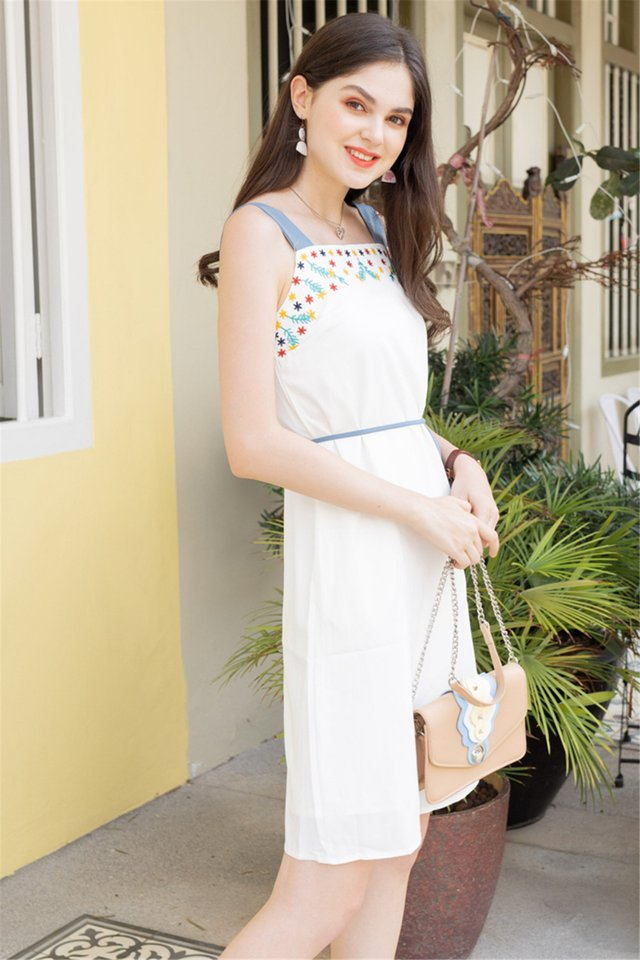 Colourblock Strap Embroidery Cut In Dress