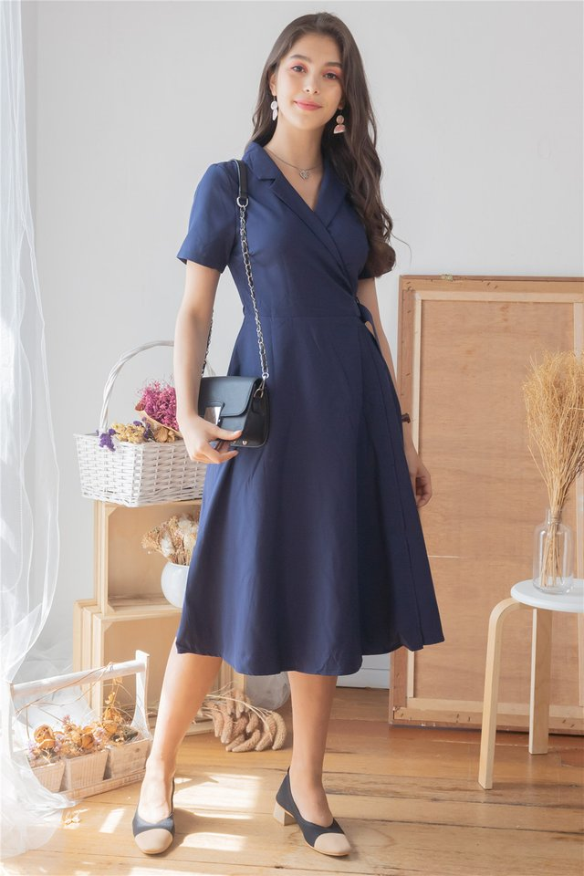 Camp Collar Buckle Midi Flare Dress in Navy
