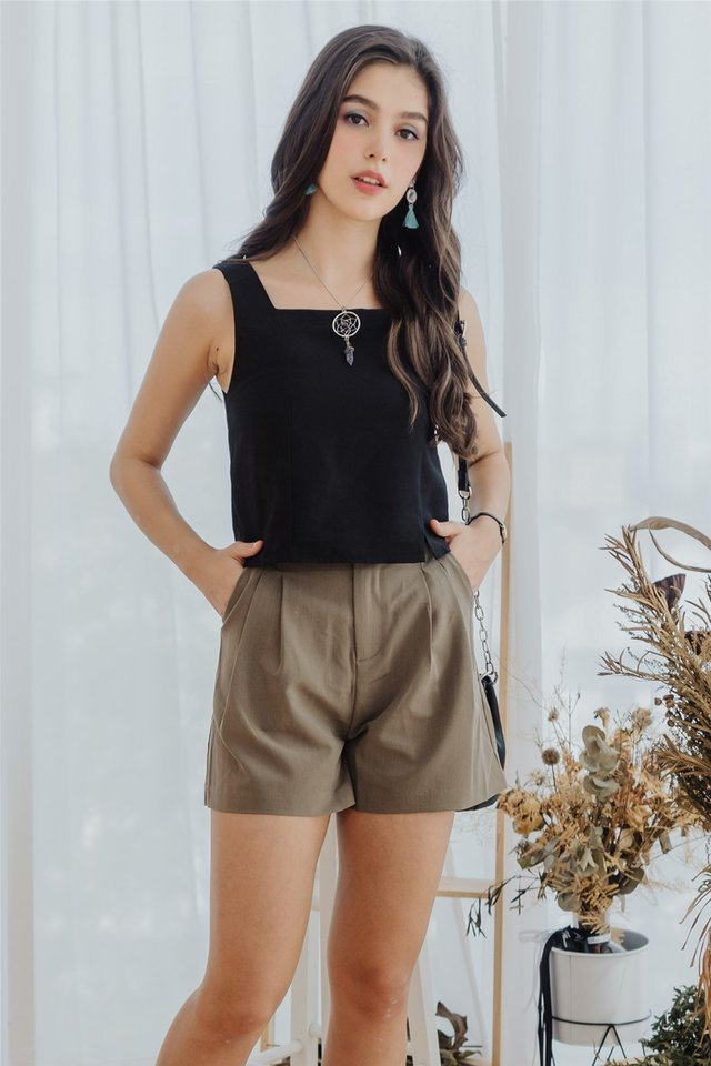 High Waist Buckle Pocket Shorts in Olive