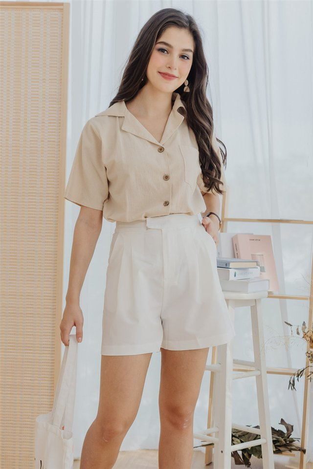 High Waist Buckle Pocket Shorts in White
