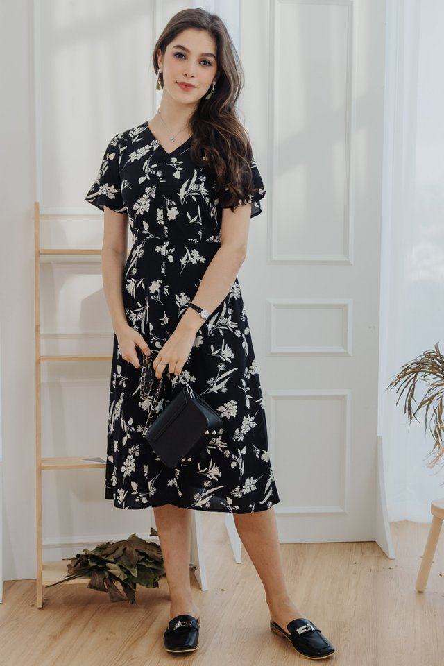 Island Florals Button Panel Midi Dress in Black