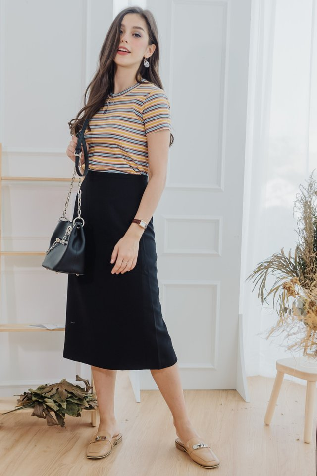 Classic Midi Pencil Skirt in Black