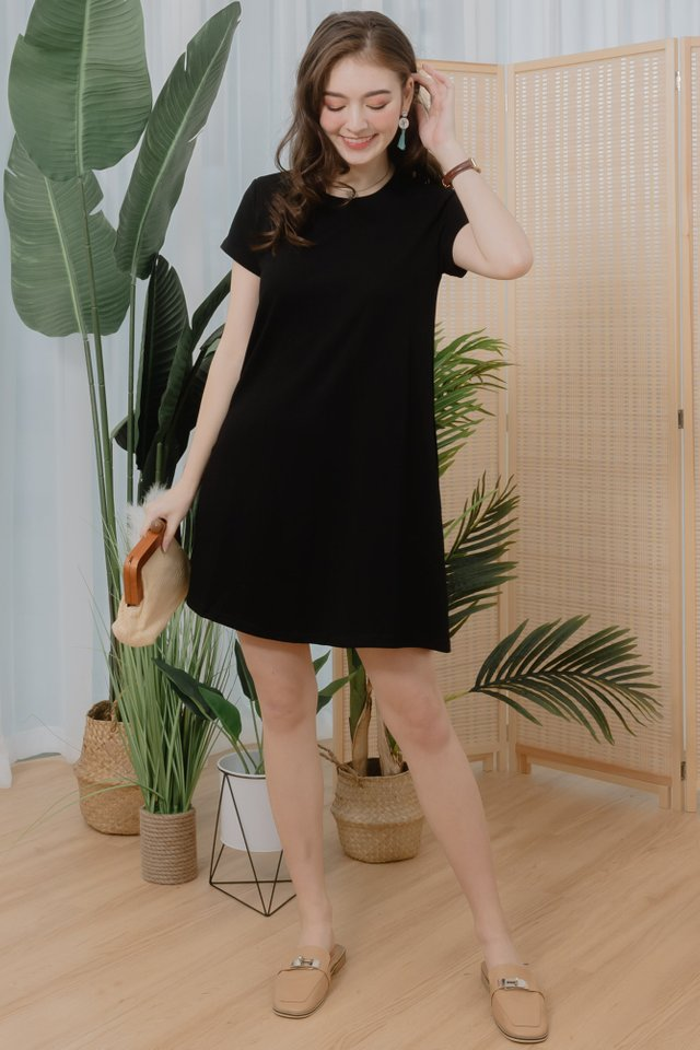 ACW Basic Pocket A-Line Tee Dress in Black