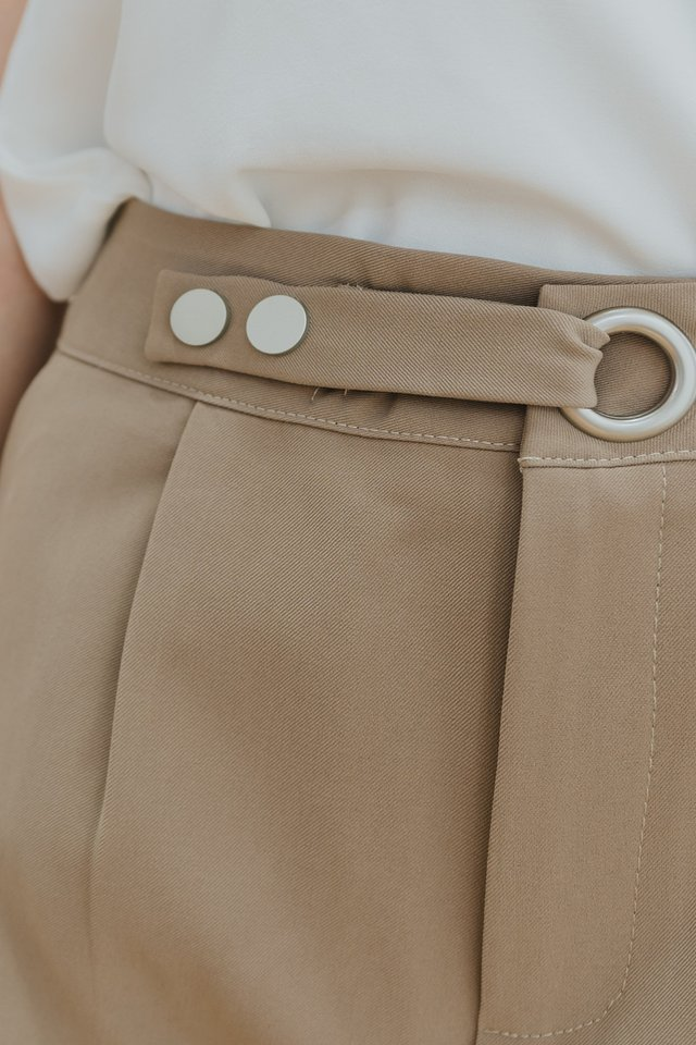 *Backorder* Circle Buckle High Waist Shorts in Toffee