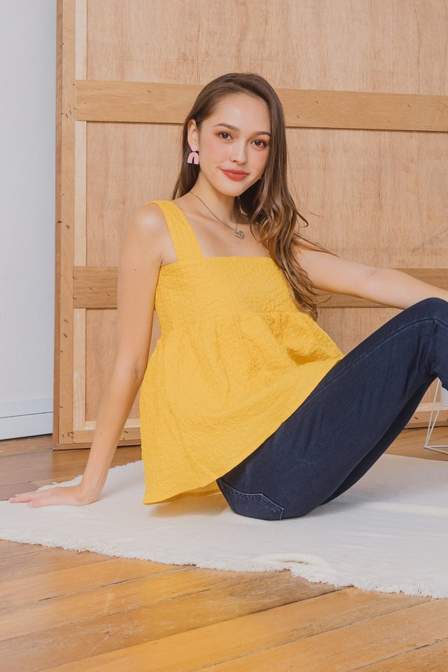 ACW Textured Flounce Top in Daffodil