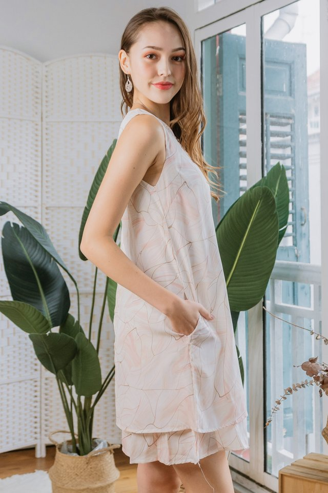 Wave Sketched Duo Layer Shift Dress in Blush