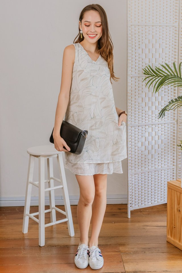 Wave Sketched Duo Layer Shift Dress in Soft Grey