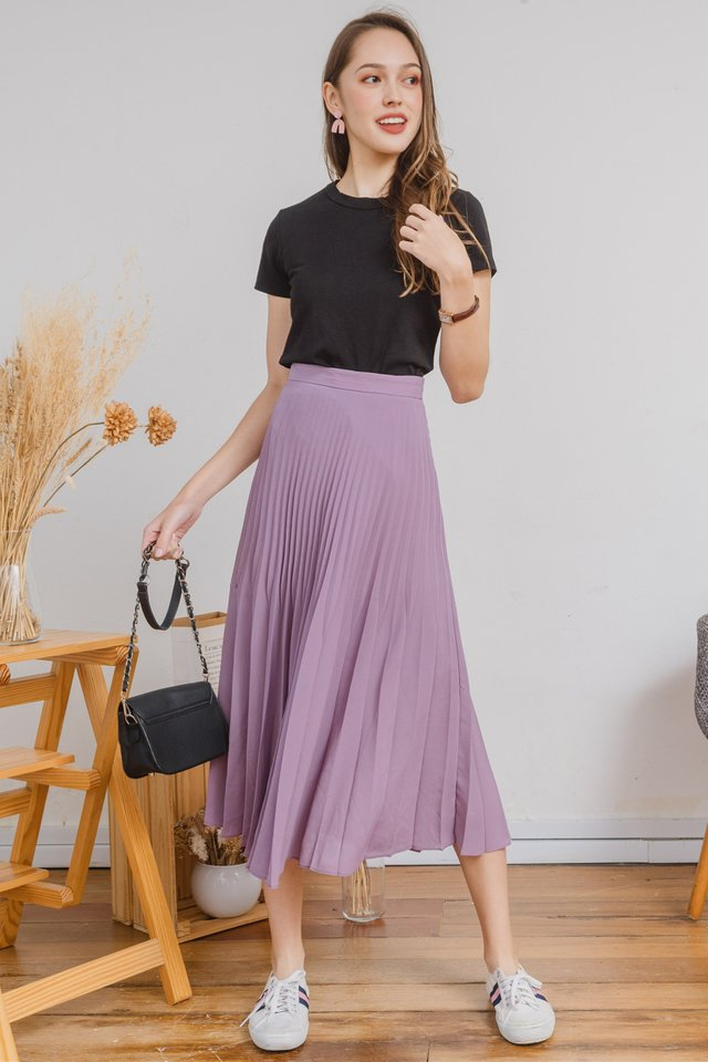 Fine Pleats Midi Skirt in Lavender