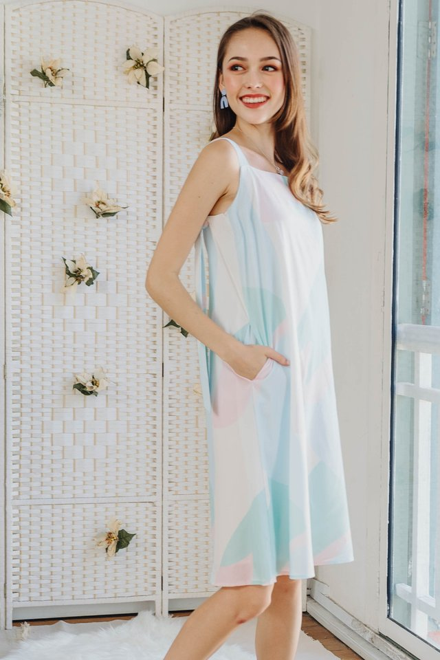 Ombre Knot Tie Midi Dress in Mint