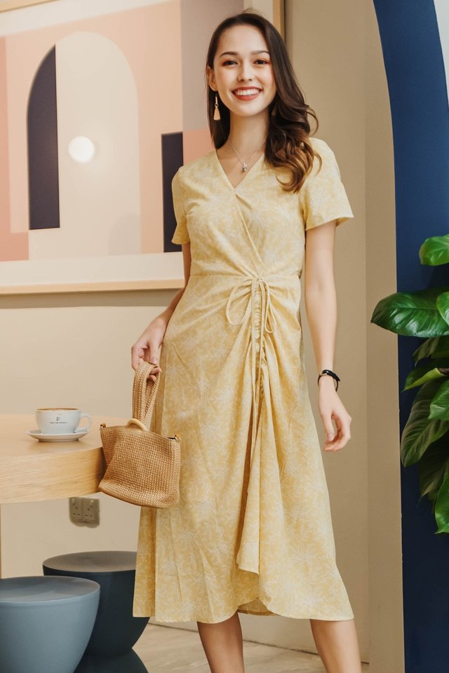 ACW Drawstring Ruched Midi Dress in Daffodil