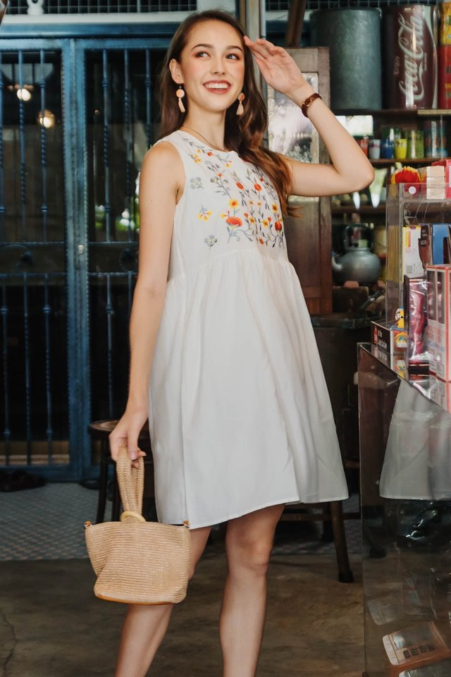 ACW Sunflower Embroidery Babydoll Dress in White